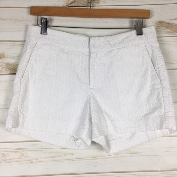 Banana Republic Pants - 3/$30 Hampton Fit white cotton embroidered shorts